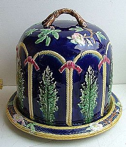 """Alloa"" Scottish Pottery Majolica Cheese Bell"