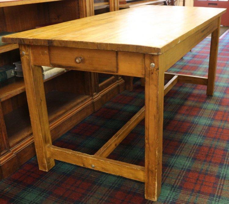 Castle Close Antiques - pine kitchen table - Furniture